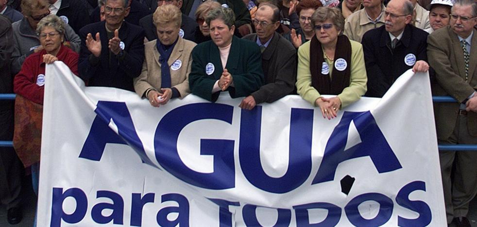 La guerra del agua amenaza con volver quince años después