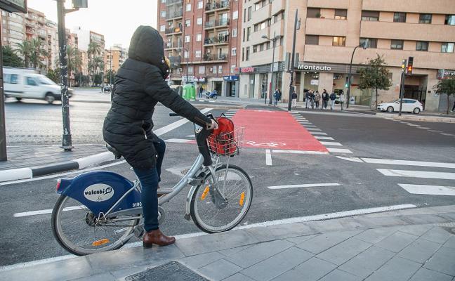 Nuevo carril bici en Manuel Sanchis Guarner