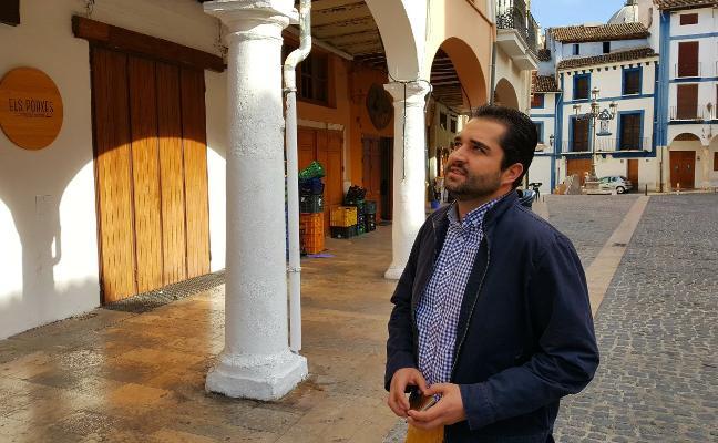 Xàtiva restaurará los porches de la plaza del Mercat