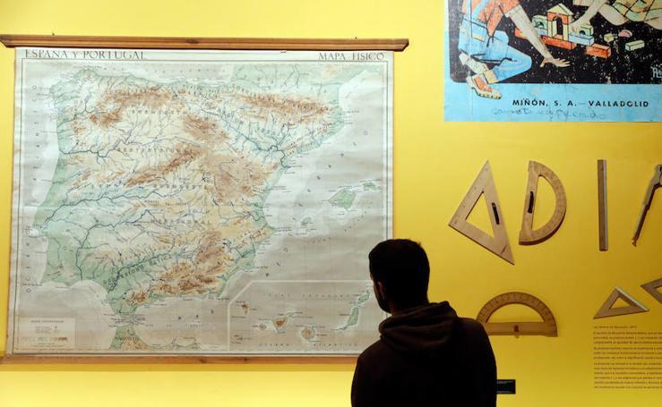 Del pupitre al mapamundi, la escuela valenciana de toda la vida