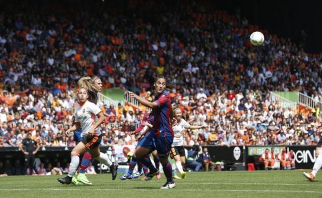 Contundente réplica del Valencia CF a Les Corts
