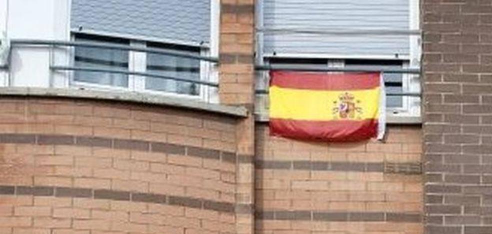 Incendian una vivienda en Balsareny que tenía colgada en su fachada una bandera de España