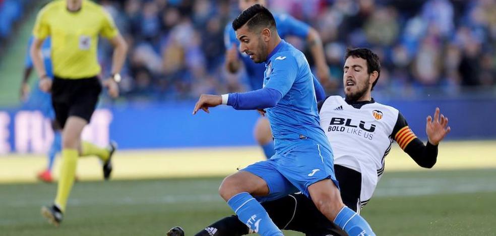 El Valencia desaprovecha el pinchazo del Barça