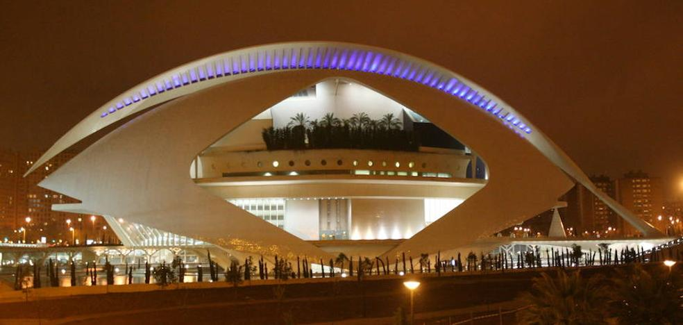 Cultura garantiza la continuidad de Les Arts y sacará a concurso público la plaza de intendente