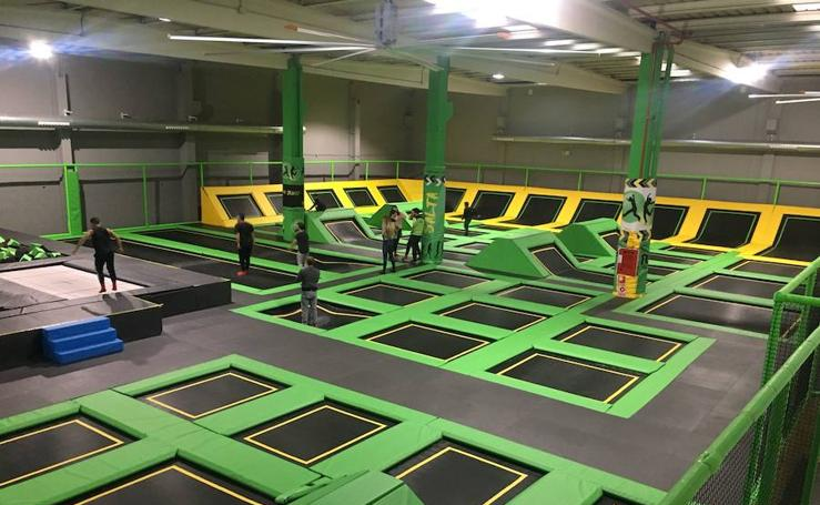 Fotos del parque de camas elásticas Fun Jump