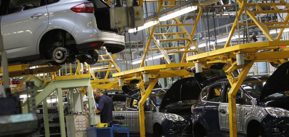 Ford prescindirá de 280 trabajadores y producirá 120 vehículos menos al día
