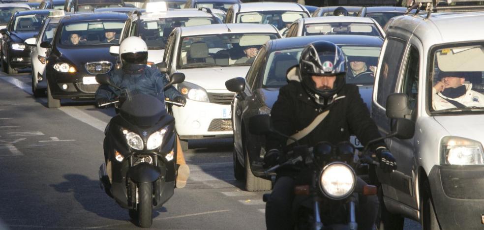 Vecinos y comerciantes reclaman a Ribó un plan para acceder al centro