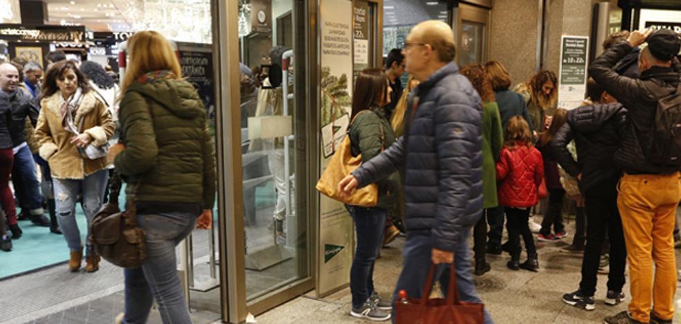Compras navideñas en el centro de Valencia