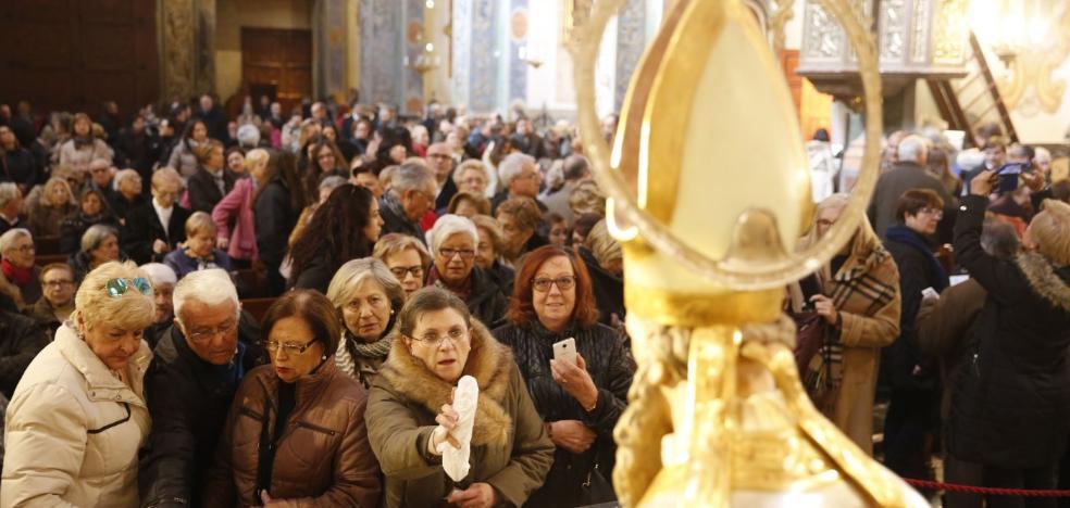 Los fieles se vuelcan con San Nicolás
