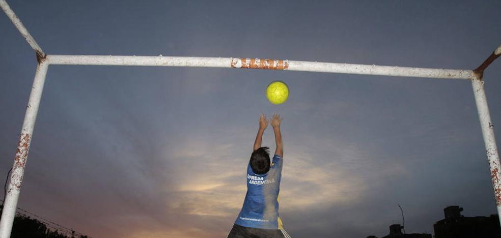 Un cadete del Mislata marca 18 goles en un partido