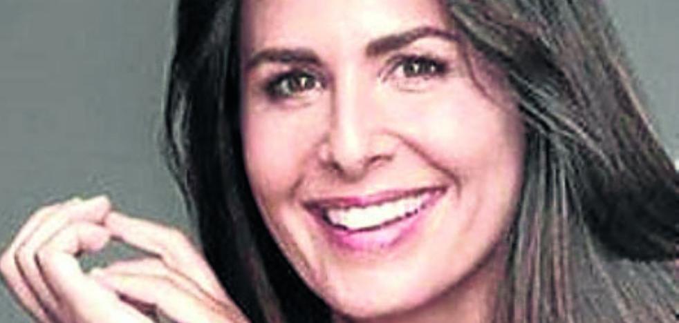 Nuria Roca se estrena en 'Singles XD'