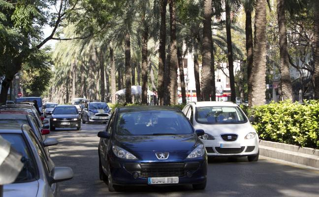 Un nuevo carril bici dejará Reino de Valencia con un vial menos para el tráfico de coches
