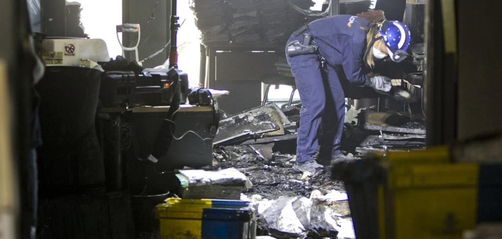 Los 2.500 juicios suspendidos por el fuego en los juzgados se aplazan hasta pasar Reyes