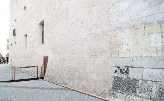 Alaquàs identifica al autor de una nueva pintada en el Castell