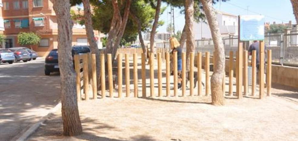 Vecinos de Almàssera llevan ante el Defensor del Pueblo los malos olores de un pipican