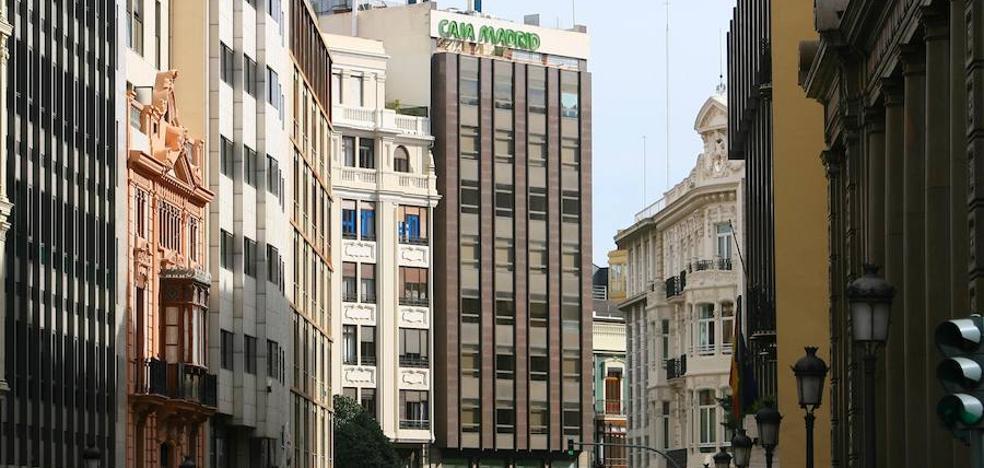 Pablo Serratosa compra la antigua sede de Caja Madrid en Valencia