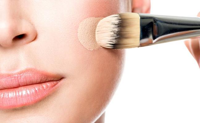 ¿Son peligrosos los cosméticos?
