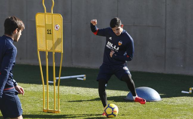 Valencia CF | Cuenta atrás para Guedes y Garay