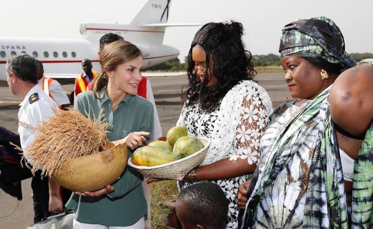Fotos de Doña Letizia, comprometida con África
