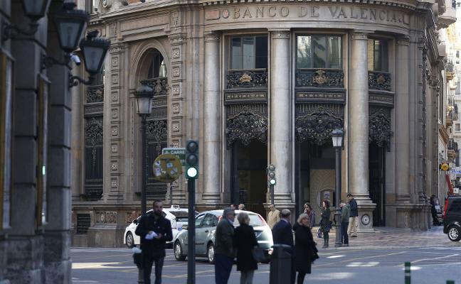 El juez extiende a Fundación Bancaja y BFA el pago por la caída de Banco de Valencia