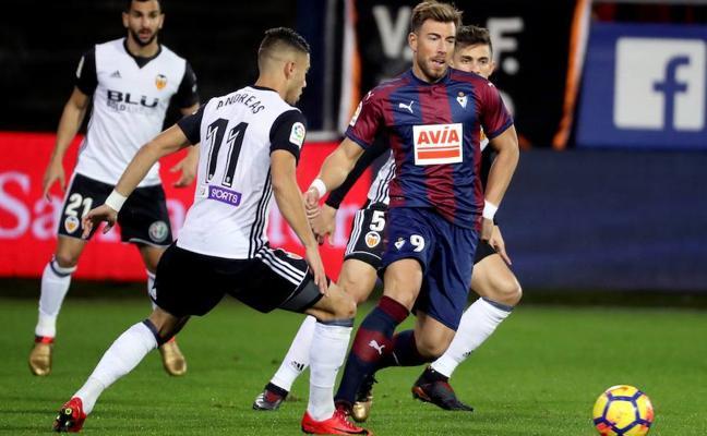 El Valencia cae en los últimos minutos (2-1)