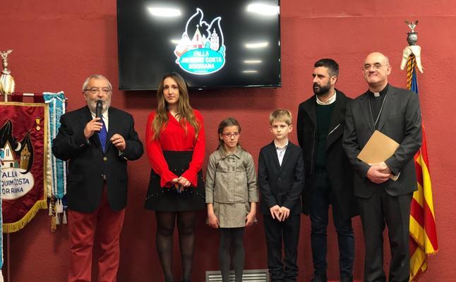 Arturo Ros bendice el nuevo casal de Joaquín Costa-Burriana