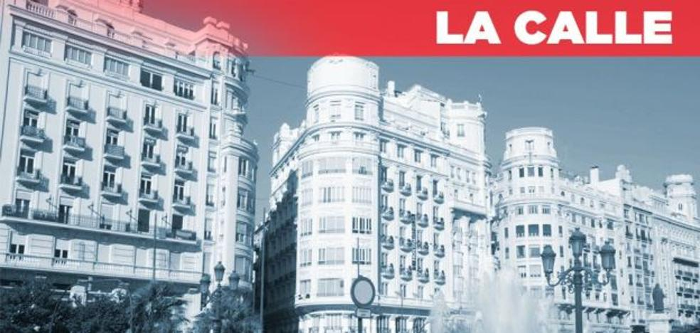 ¿Reformar o no la plaza del Ayuntamiento de Valencia? Un debate frecuente entre los valencianos