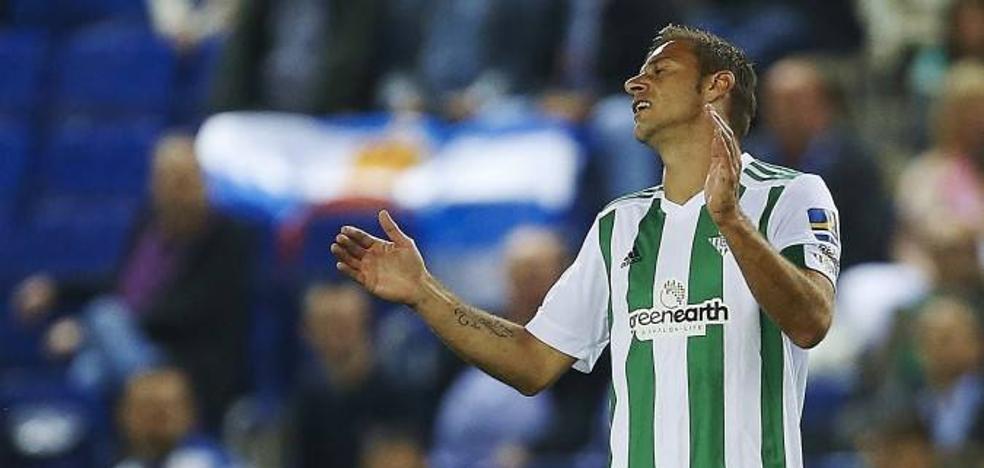 El Málaga afronta una 'final' ante un Betis al que se le agota el crédito