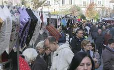 El Ayuntamiento lanza una ofensiva para cobrar la deuda de los mercadillos