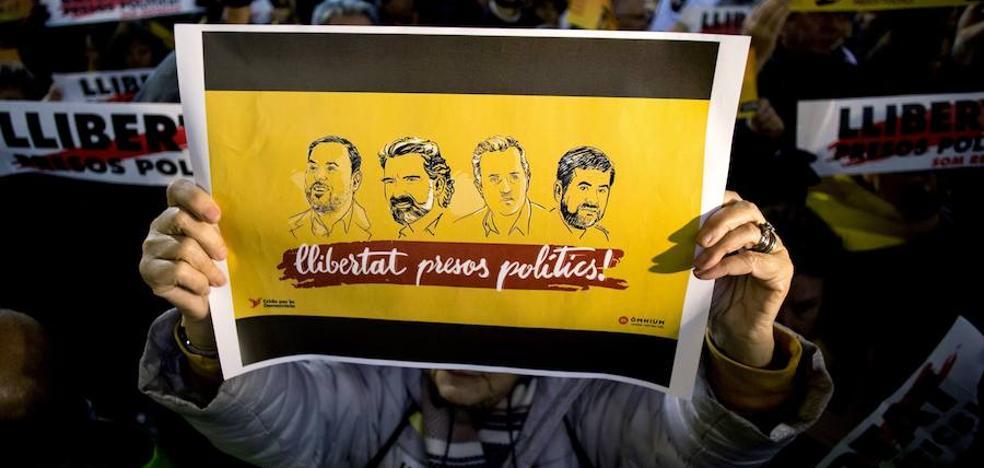 Expedientan a Junqueras y Sànchez por emitir mensajes políticos desde prisión