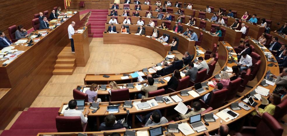 PSPV y Compromís pactan dejar a alcaldes y concejales fuera de Les Corts