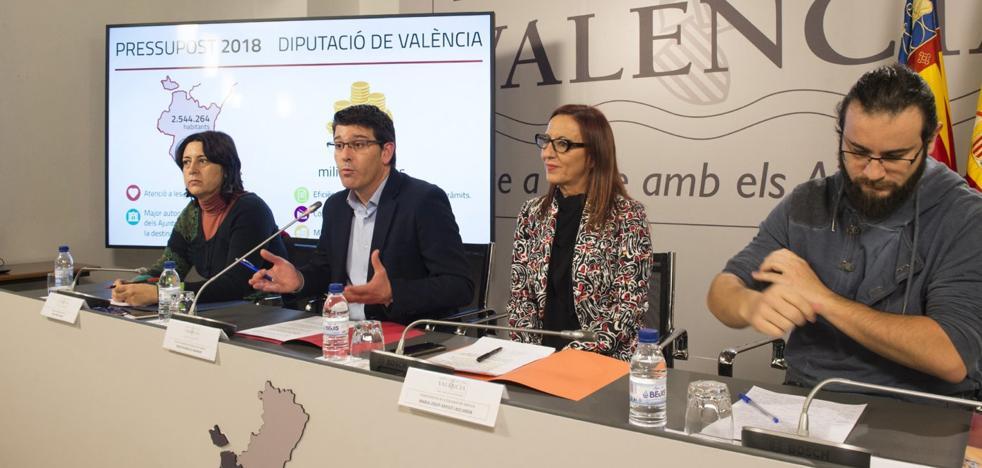 La Diputación reparte en un solo día 350.000 euros a entidades catalanistas