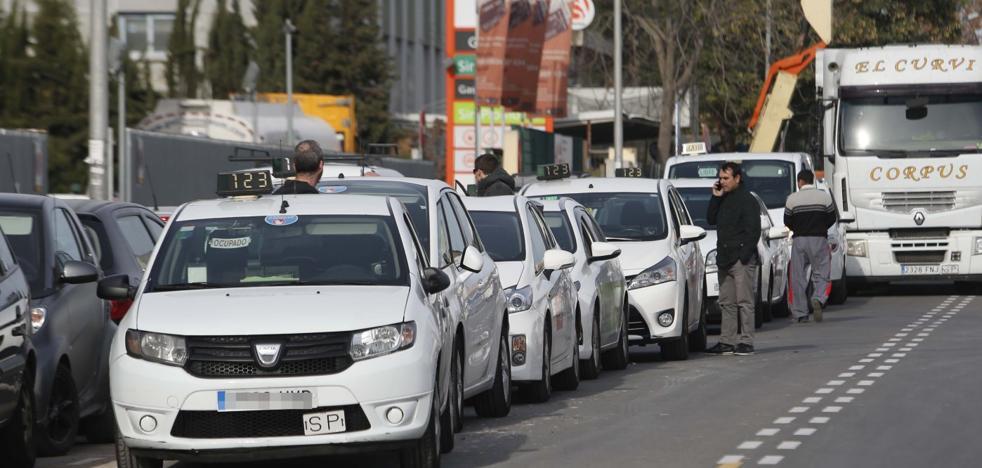 La fusión de dos empresas aglutina a la mitad de los taxis de Valencia