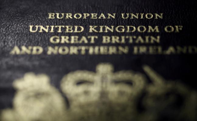Los pasaportes británicos serán azules tras el 'brexit'
