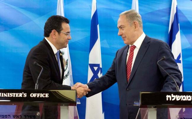 Israel, en contacto con diez países para abordar el traslado de sus embajadas a Jerusalén