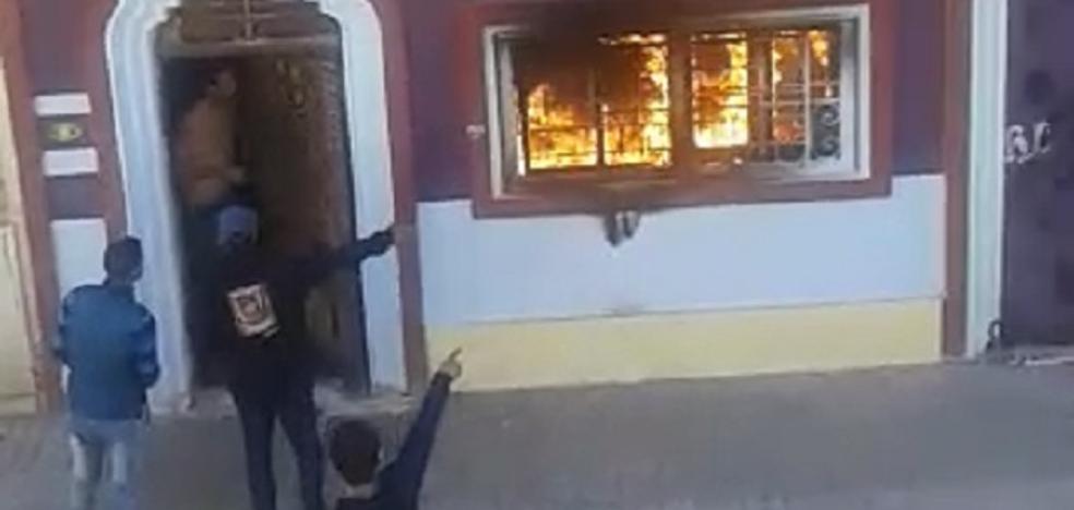Detenido un hombre por el incendio de la casa okupa del Cabanyal
