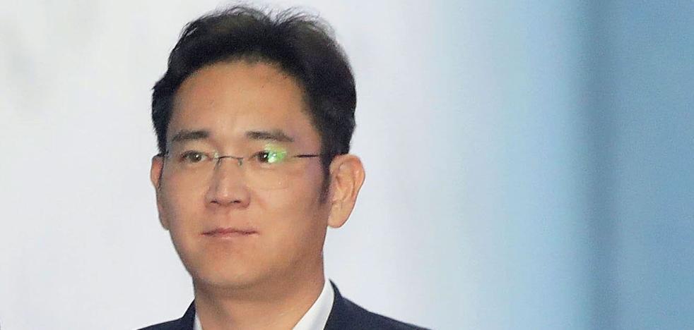 La Fiscalía pide doce años de prisión para el vicepresidente de Samsung por corrupción