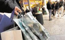 El sector firma el acuerdo de horarios comerciales que fija la apertura en 38 festivos para Valencia