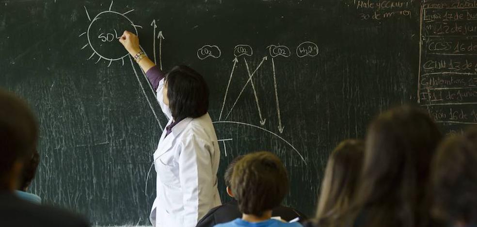 Educación adeuda salarios de profesores de la concertada desde hace tres cursos