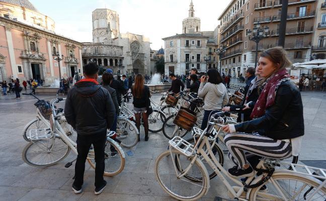 El número de turistas bate récords en España a pesar del desplome de Cataluña en noviembre