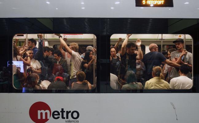 El bono de diez viajes del metro subirá un 5% el próximo año