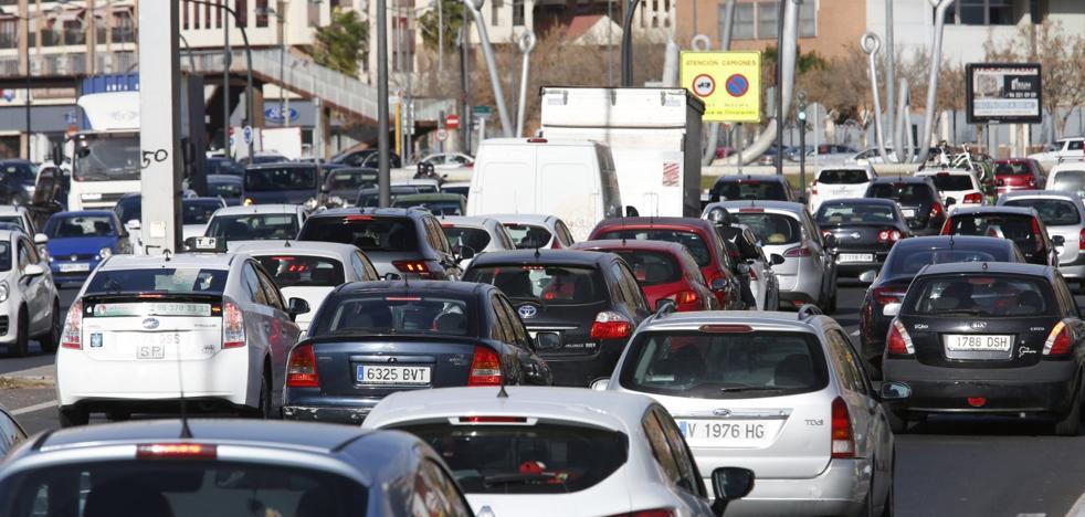 El tráfico sube en los accesos a Valencia mientras el tripartito rechaza ampliarlos