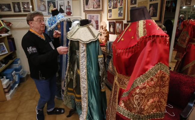 Los Reyes Magos estrenan colores en la cabalgata de Valencia