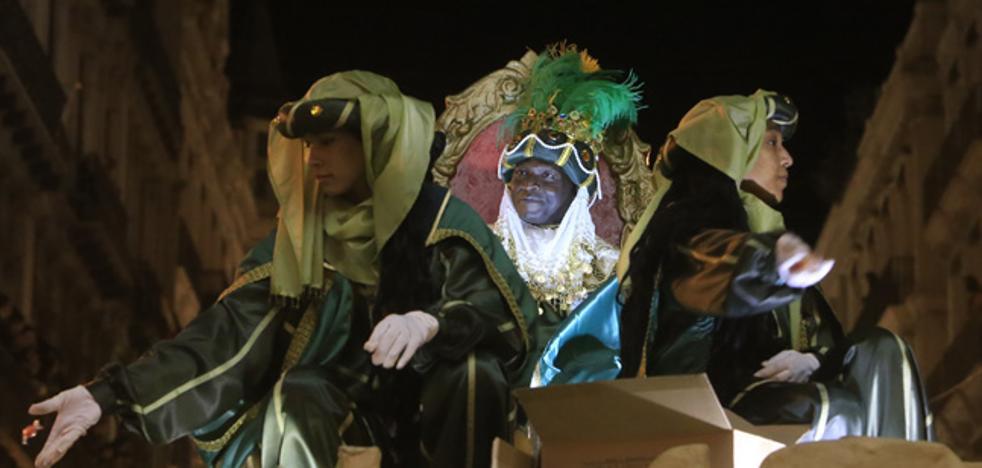 Los Reyes Magos reparten ilusión en Valencia