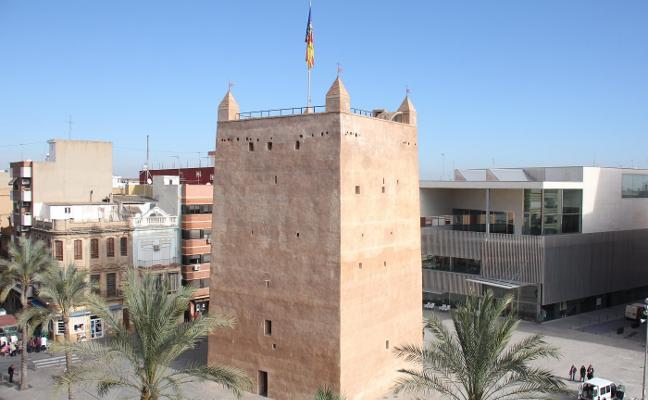 La Torre de Torrent aguanta sin riesgo la Real Senyera