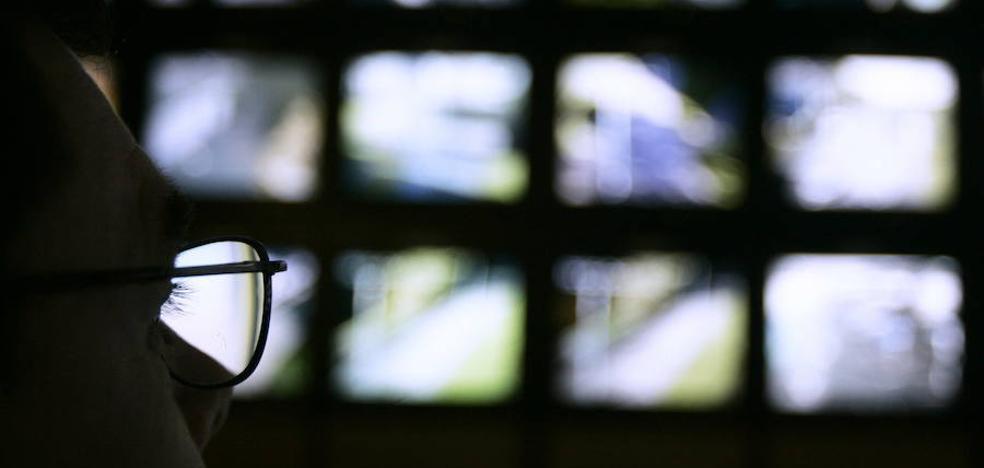Grabar a un empleado robando con cámara oculta es una violación a su intimidad