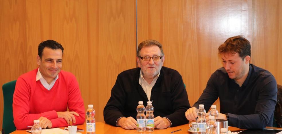 Torrent va por primera vez a Fitur y cocina en directo la Cassola de Sant Blai