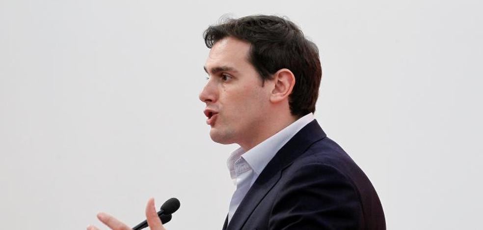 Rivera prefiere ser «muy prudente» ante el crecimiento de Ciudadanos en los sondeos