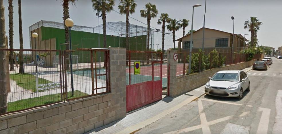 La falta de un acuerdo deja sin aparcamiento el colegio y el polideportivo de Bonrepòs