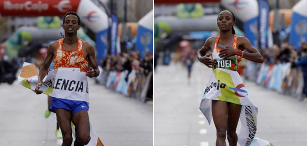 Tsehay Degu gana la 10K Valencia y Sandra Chebet Tuei vapulea el récord femenino
